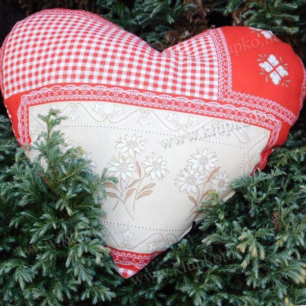 Jastuk u obliku srca art.03042019-3-1